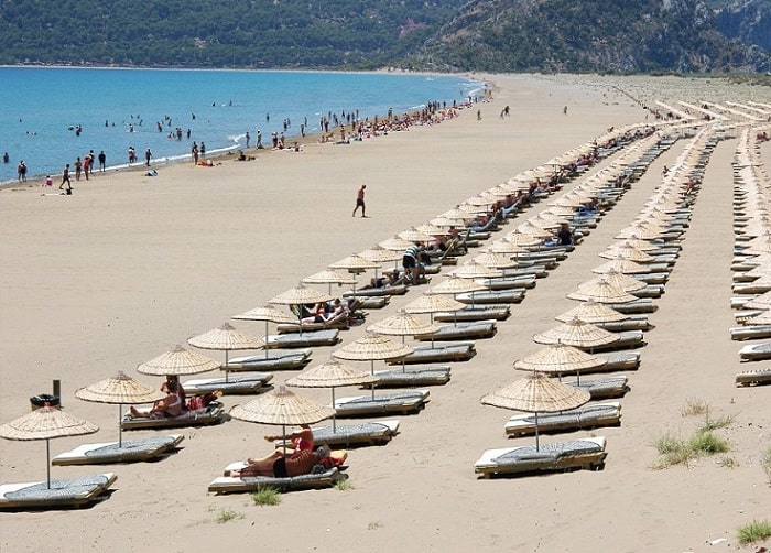 What is there to do and see in Dalyan Turtle Beach